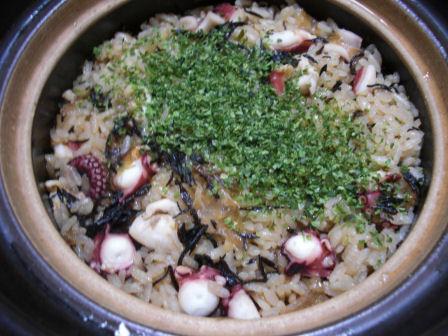 土鍋でタコヤキご飯
