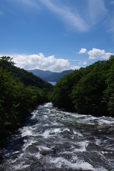 20120913_龍頭の滝の上流から01