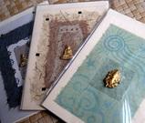 金色マスコット(ヒンズー神)のついたカード