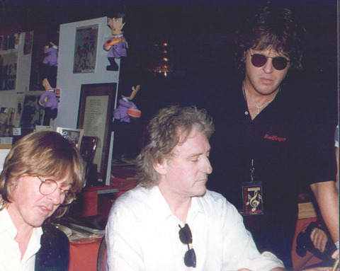 Joey Molland & Denny Laine while Bruce Hastell was managing both