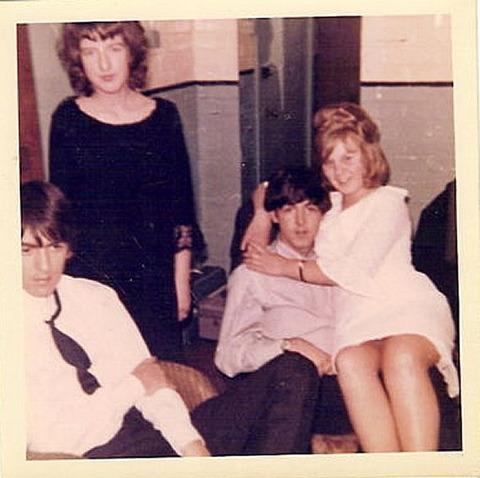 1964年のハム子 with George & Paul