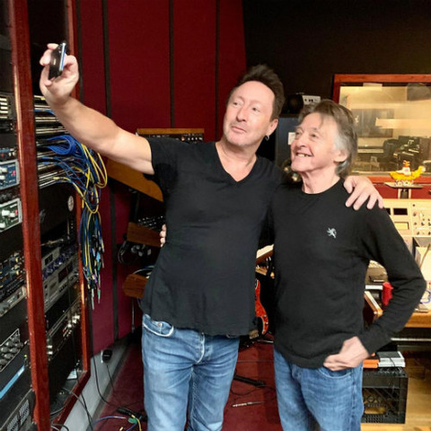 Julian Lennon with Joey Molland