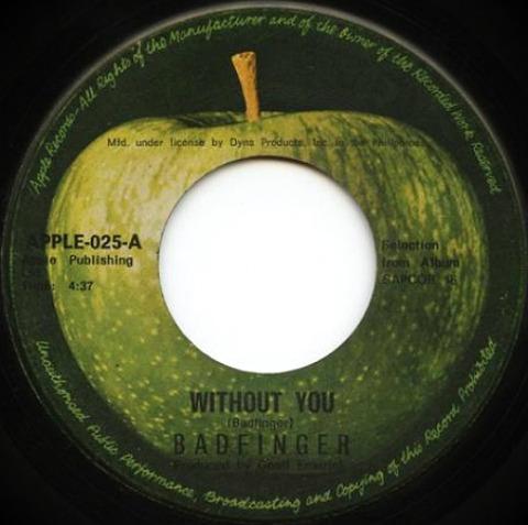 Apple-025-A
