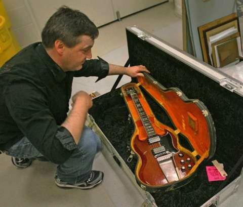 Pete Gibson SG 2011