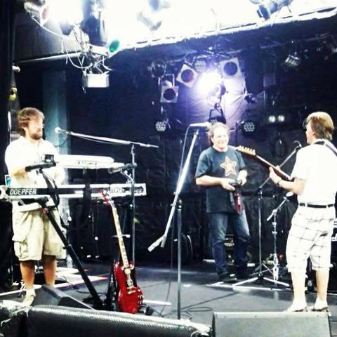 Badfinger Sep 22, 2013 rehearsal