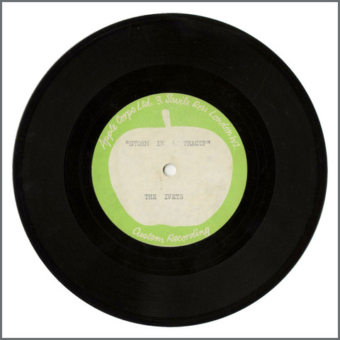 B28945 - The Iveys - 1968 Storm In A Teacup Apple Acetate