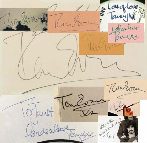 Tom Evans autograph