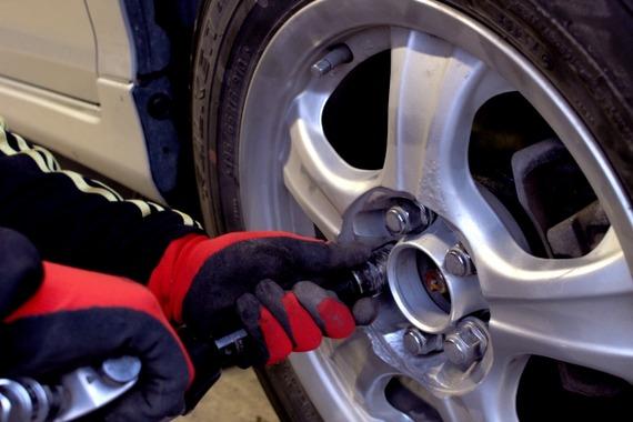 お客さん「ブレーキが効かないんですけど」ワイ「どれどれ…」