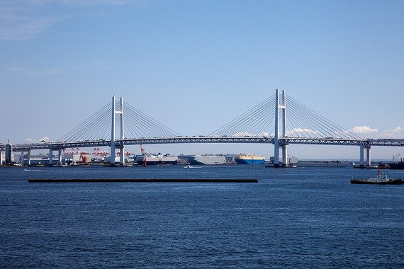 1200px-Yokohama_Bay_Bridge