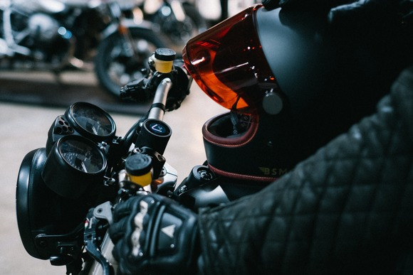 バイク乗ってる時に話しかけられたくない