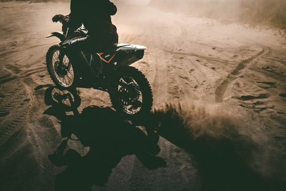 motorbike-dusty-bike