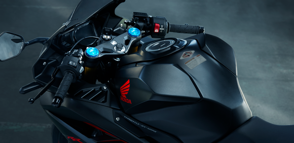 ツーリング用のバイク買うから250ccで超かっこいいの教えて