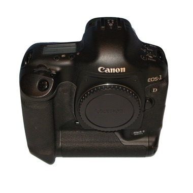 古い一眼レフカメラってやっぱり汚い写真しか撮れないの?