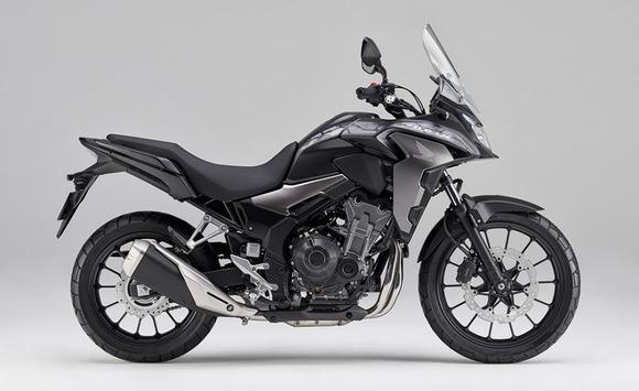ホンダ、19インチフロントタイヤの採用と外観を一新したクロスオーバーモデル「400X」を発売