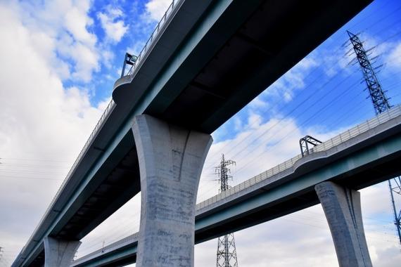 新東名高速の6車線化が決定、渋滞もしていないのに900億円をかけて実施する理由とは