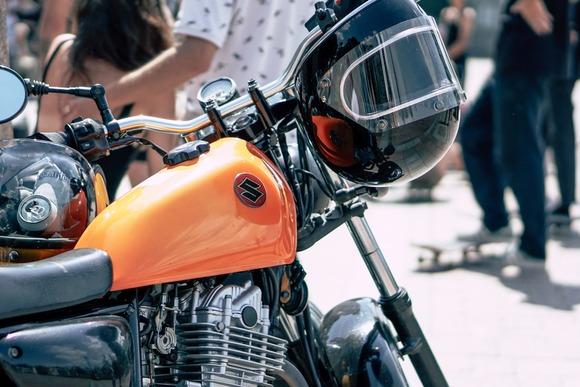 初めてバイク買うんだが、やっぱホンダかYAMAHA辺りにしとくべきか?