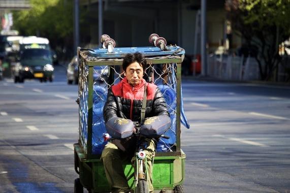 truck-men-chinese-street-china-beijing