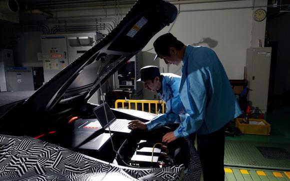 音にしびれる…ヤマハの電動モーターを既存量産四輪車に搭載してテスト走行