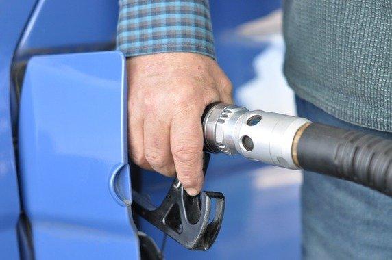 ガソリン160円に迫る、店頭平均159.6円
