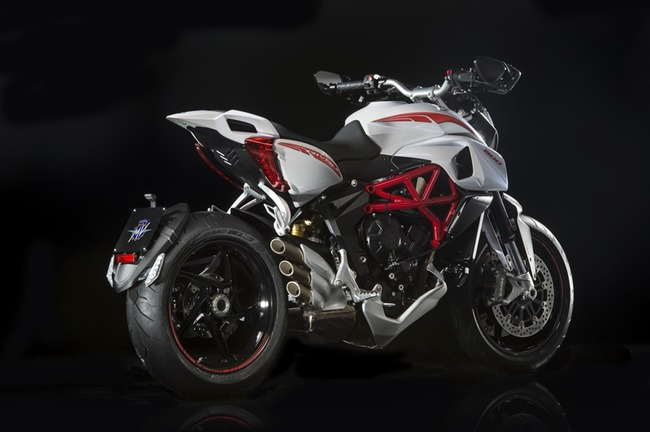 agusta16_rivale_brutale-015