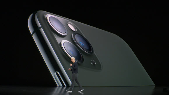 iPhone11Pro-TImCook