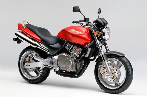 250ccでデカいネイキッドバイク教えてくれー