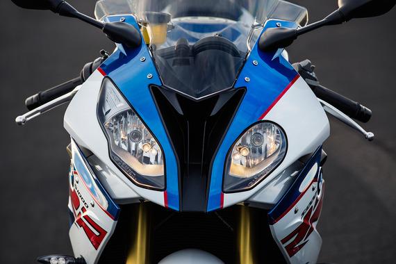 2016-BMW-S1000RR-Headlights