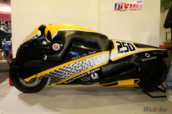 バイクとライダーが一体となる様なバイクない?