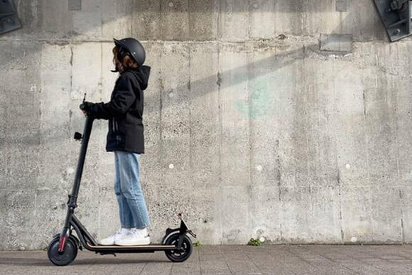 電動キックボード一気に普及か、ドンキで買える公道走行OKモデルが39800円で登場