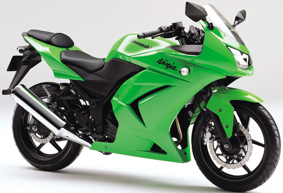 08_kawasaki_ninja250r_right73