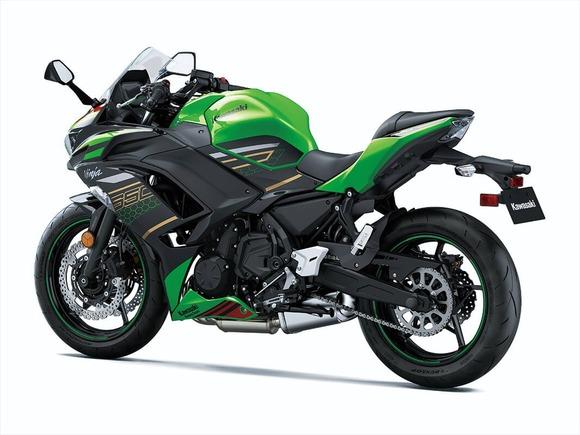 2020-ninja650-krt_04