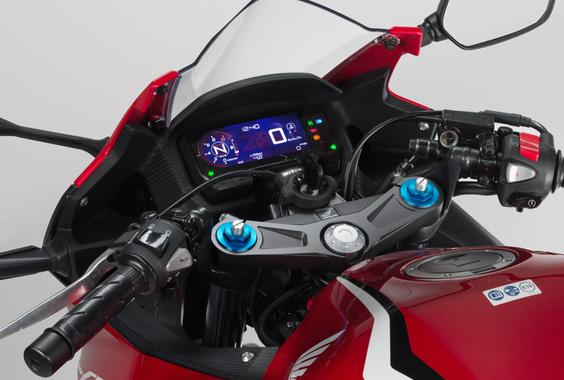 なんJキッズ「この250ccのバイクかっけえ!最強!」ワイ「これ400の方がバランスいいよ」