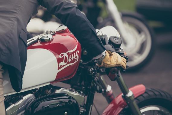 バイク通勤楽すぎワロタwwwwww