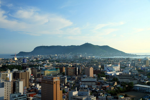 Mt.Hakodate_From_Goryokaku_Tower_1