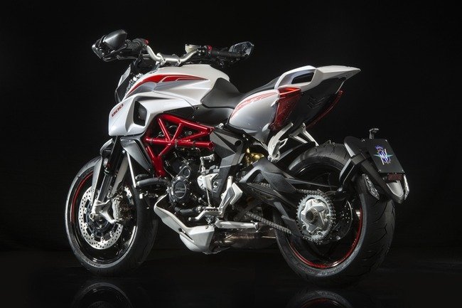 agusta16_rivale_brutale-005
