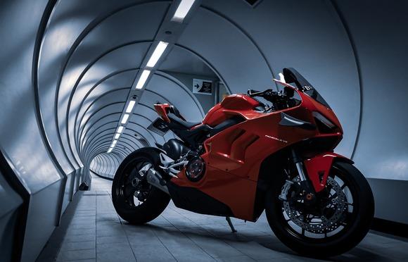 カッコよくて速いバイクが欲しい