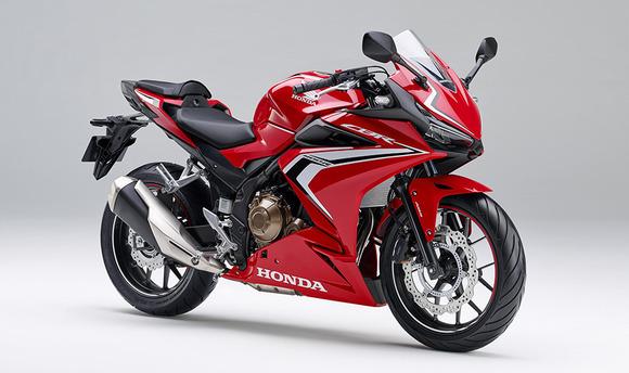 ホンダ、外観を一新したロードスポーツモデル「CBR400R」を発売