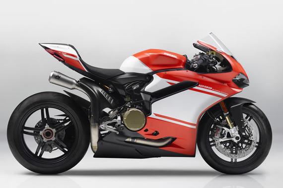 models2017-superbike1299superleggera