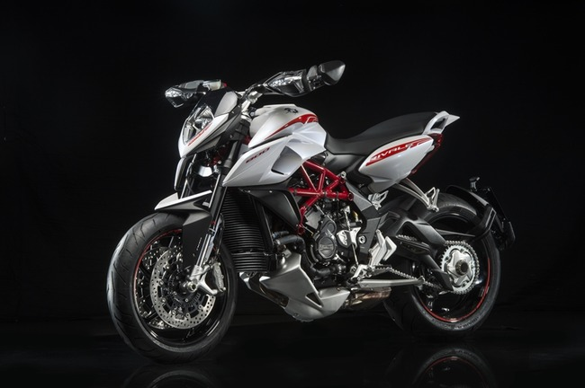 agusta16_rivale_brutale-003