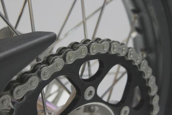 バイクのチェーンに差す油って自転車のやつでいいの?