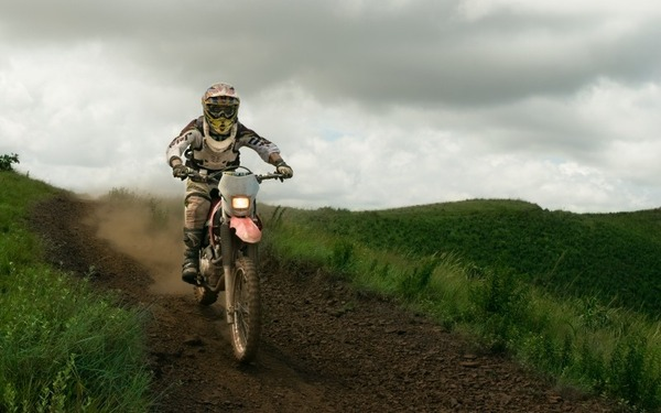 country-man-dirt-bikes-cross