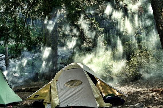 tent-yosemite-smoke