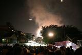 場所が悪いと山火事にも見えます・2012隅田川花火大会にて