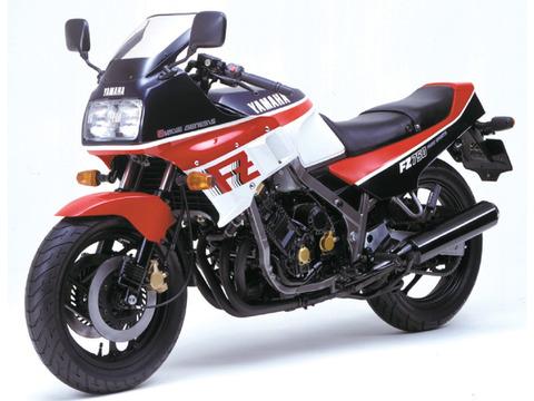 L_fz750_1985