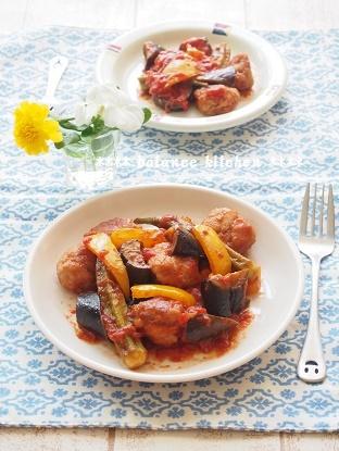 豚こま団子と夏野菜のトマト煮3