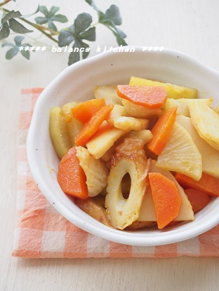 根菜とちくわの和風カレー炒め