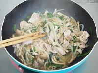 もやしと豚肉のうま煮工程3