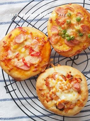 ウインナーピザ3種