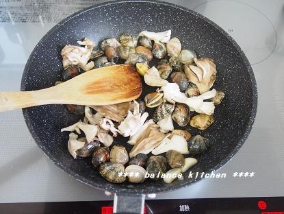 あさりと野菜のフライパン蒸し1