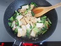 厚揚げときのこの麺つゆみぞれ炒め工程3